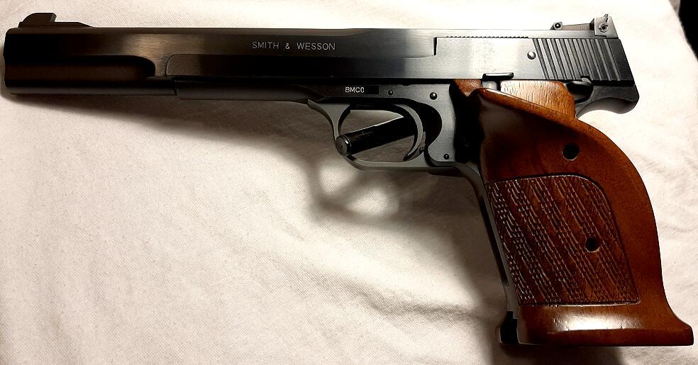 S&W-Model 41.jpg